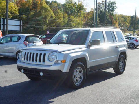 2012 Jeep Patriot for sale at CHAPARRAL USED CARS in Piney Flats TN