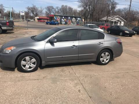 2008 Nissan Altima for sale at Hall's Motor Co. LLC in Wichita KS