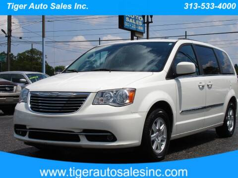 2012 Chrysler Town and Country for sale at TIGER AUTO SALES INC in Redford MI
