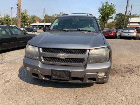 2006 Chevrolet TrailBlazer EXT for sale at ALVAREZ AUTO SALES in Des Moines IA