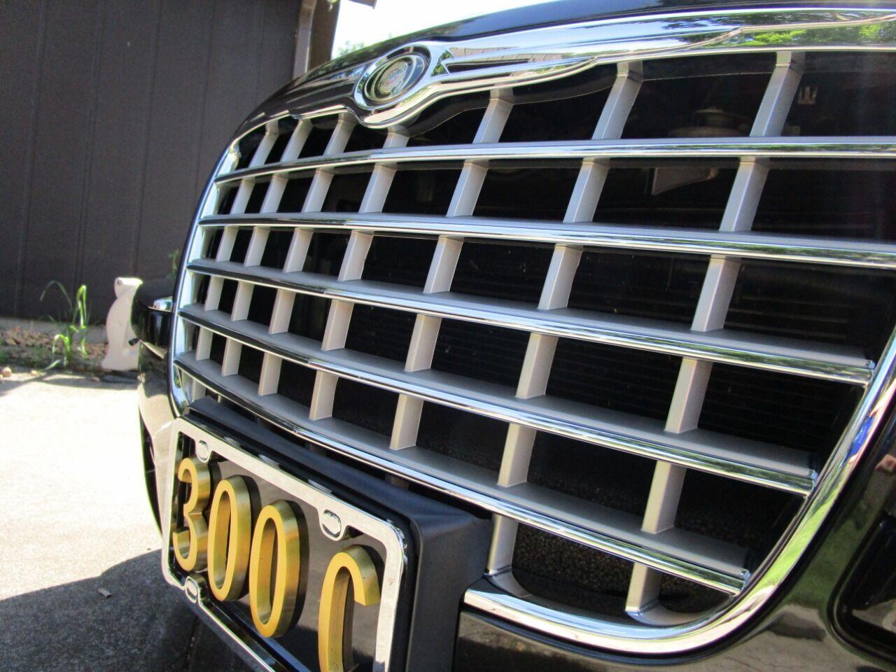 2006 Chrysler 300 28