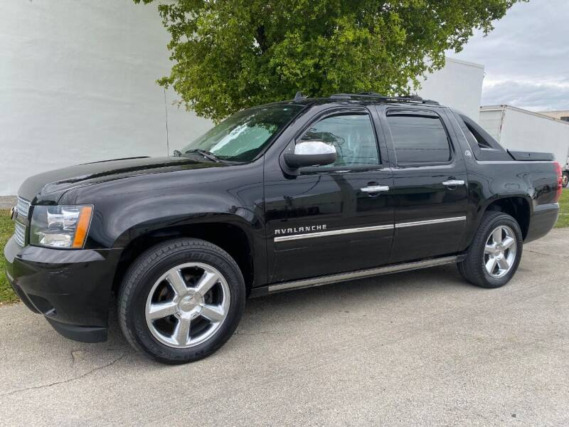 2013 Chevrolet Avalanche for sale at Car Girl 101 in Oakland Park FL