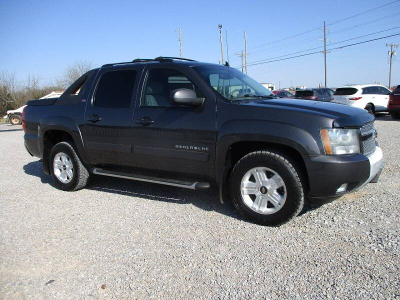 2011 Chevrolet Avalanche for sale at LK Auto Remarketing in Moore OK