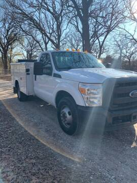 2015 Ford F-350 Super Duty for sale at BARROW MOTORS in Caddo Mills TX