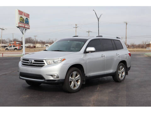 2013 Toyota Highlander for sale at Terry Halbert Auto Sales in Yukon OK