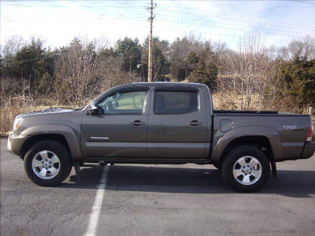 2012 Toyota Tacoma for sale at Broadway Motors LLC in Broadway VA