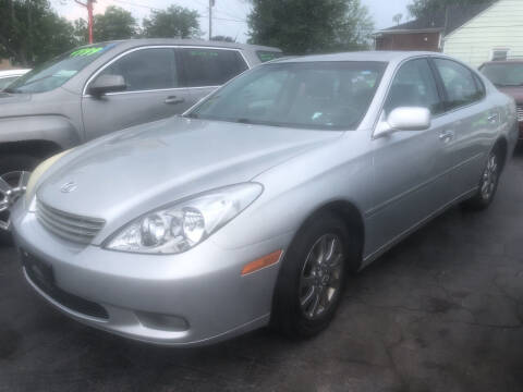 2003 Lexus ES 300 for sale at Trinity Motors in Lackawanna NY