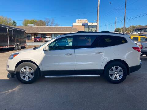 2011 Chevrolet Traverse for sale at GRC OF KC in Gladstone MO