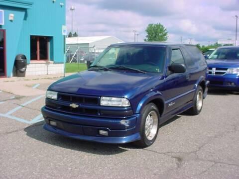 2002 Chevrolet Blazer for sale at VOA Auto Sales in Pontiac MI