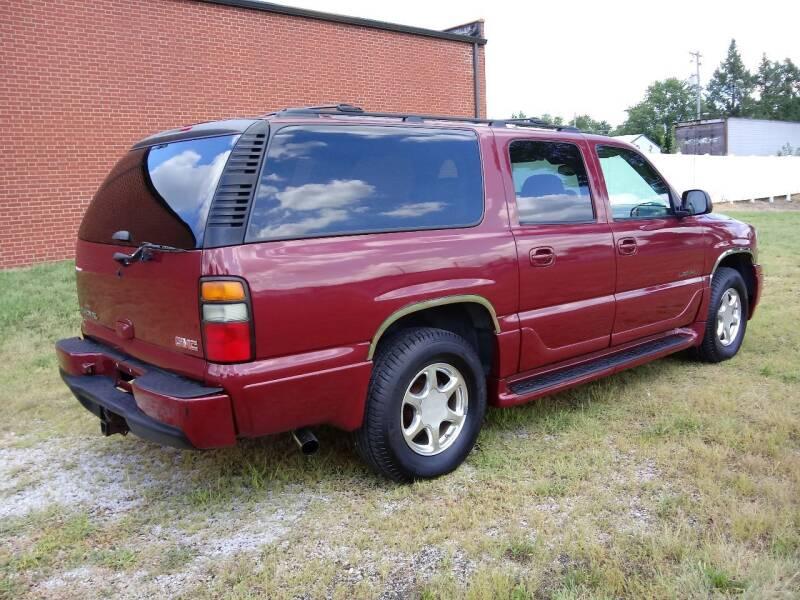 2006 GMC Yukon XL for sale at Bob Patterson Auto Sales in East Alton IL