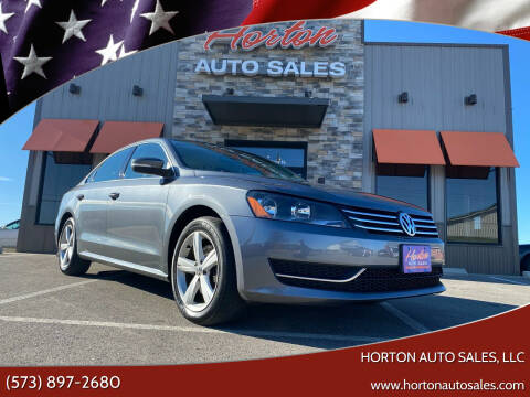 2014 Volkswagen Passat for sale at HORTON AUTO SALES, LLC in Linn MO