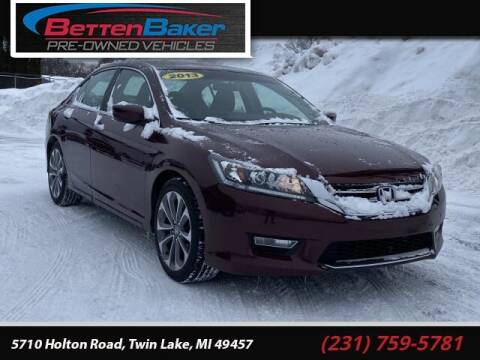 2013 Honda Accord for sale at Betten Baker Preowned Center in Twin Lake MI