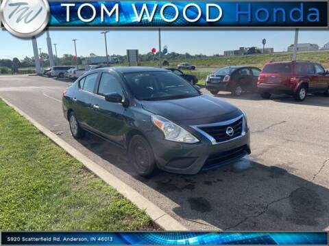 2015 Nissan Versa for sale at Tom Wood Honda in Anderson IN
