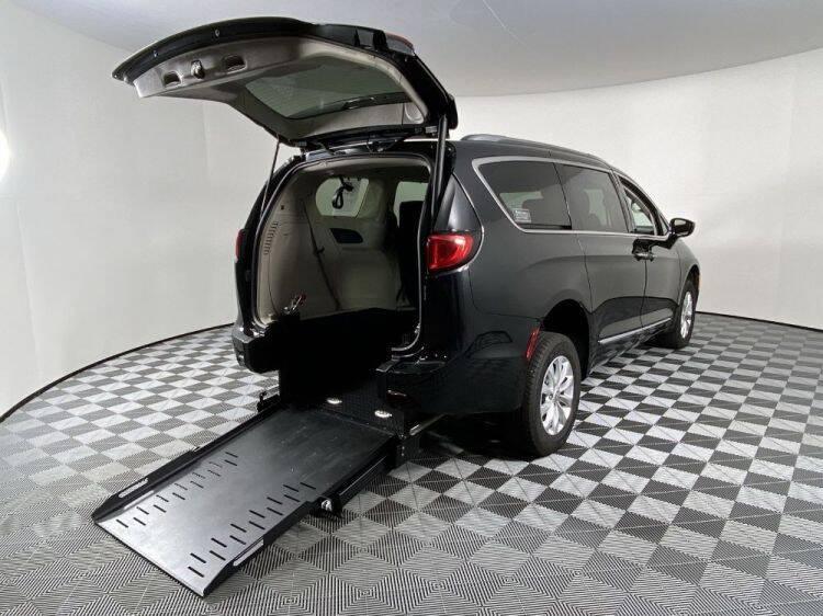 2019 Chrysler Pacifica for sale in Phoenix, AZ