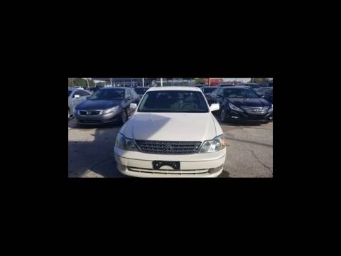 2004 Toyota Avalon for sale at The Kar Store in Arlington TX