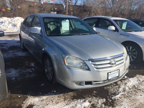 2005 Toyota Avalon for sale at BARNES AUTO SALES in Mandan ND