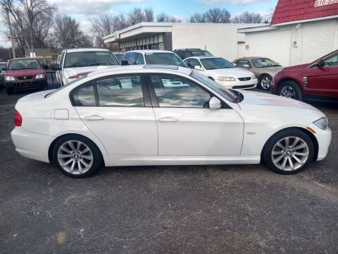 2011 BMW 3 Series for sale at Savior Auto in Independence MO
