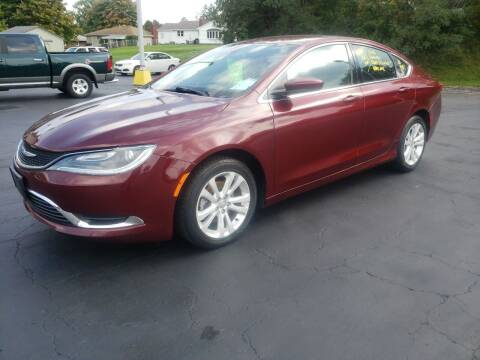 2016 Chrysler 200 for sale at STRUTHER'S AUTO MALL in Austintown OH