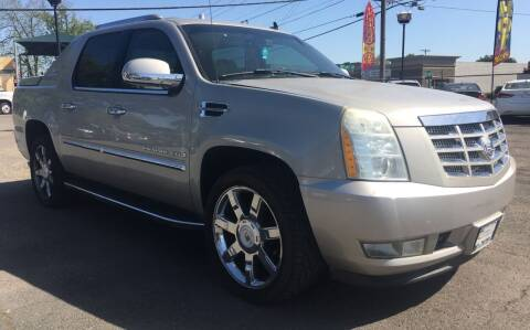 2007 Cadillac Escalade EXT for sale at Universal Auto INC in Salem OR