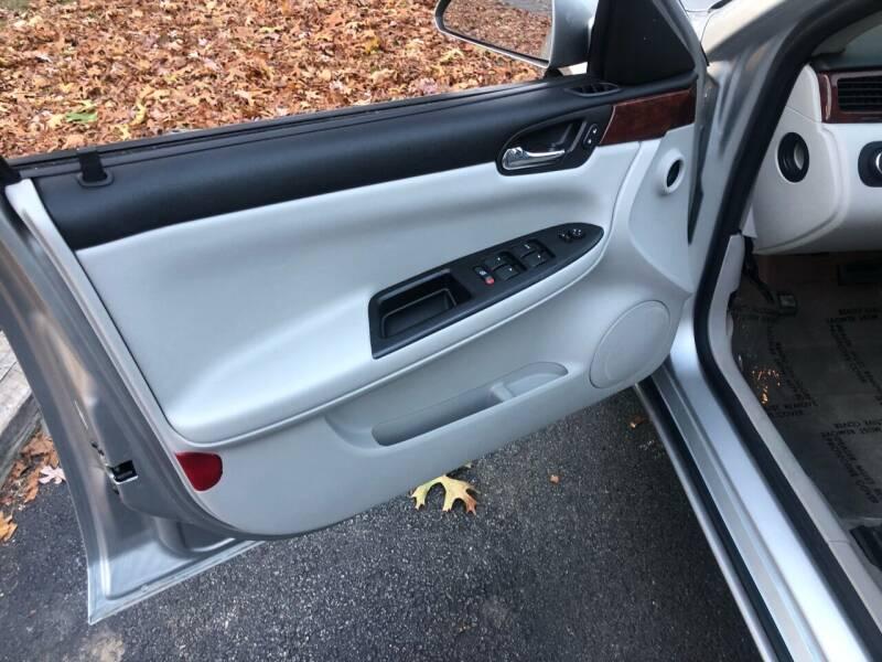 2006 Chevrolet Impala LS 4dr Sedan w/ roof rail curtain delete - Wilmington MA