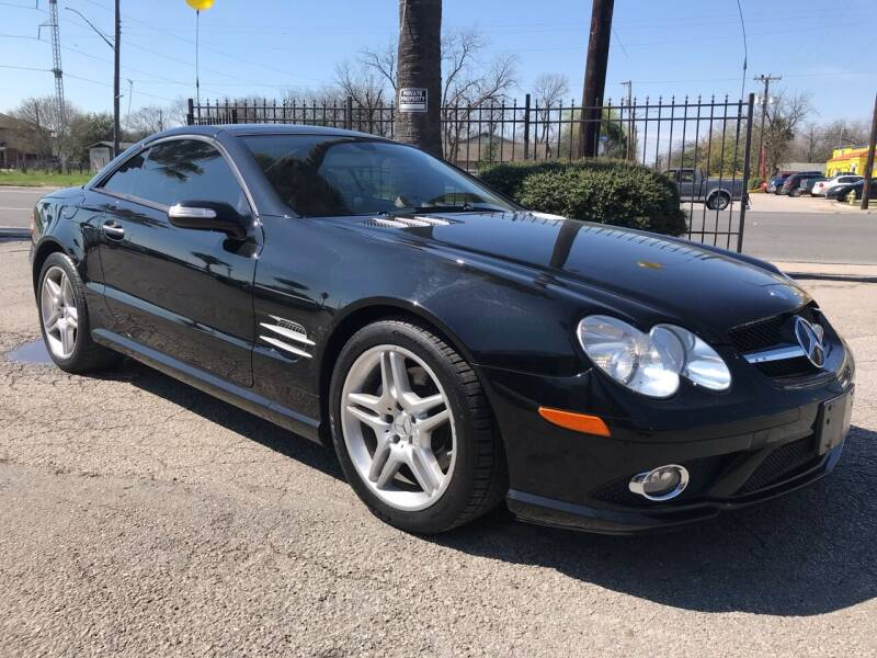 2007 Mercedes-Benz SL-Class for sale at Auto A to Z / General McMullen in San Antonio TX