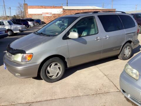2003 Toyota Sienna for sale at Paris Fisher Auto Sales Inc. in Chadron NE