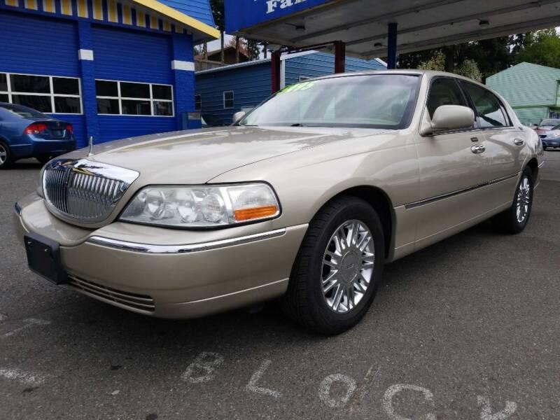 2006 Lincoln Town Car for sale at Shoreline Family Auto Care And Sales in Shoreline WA