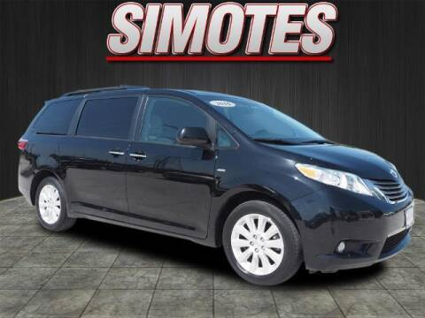 2016 Toyota Sienna for sale at SIMOTES MOTORS in Minooka IL