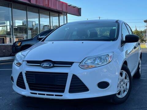 2014 Ford Focus for sale at MAGIC AUTO SALES in Little Ferry NJ