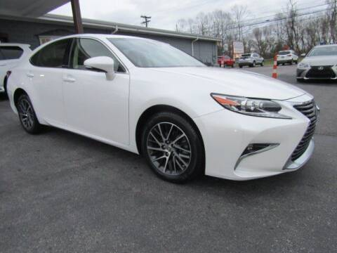 2016 Lexus ES 350 for sale at Specialty Car Company in North Wilkesboro NC