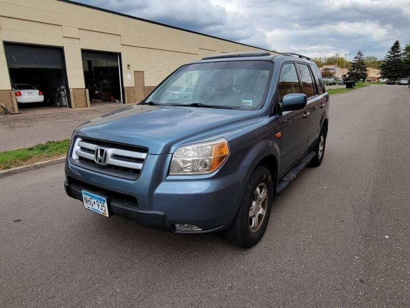 2008 Honda Pilot for sale at Fleet Automotive LLC in Maplewood MN