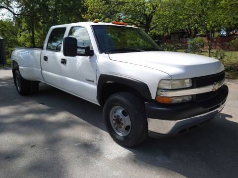 2002 Chevrolet Silverado 3500 for sale at Thornhill Motor Company in Lake Worth TX