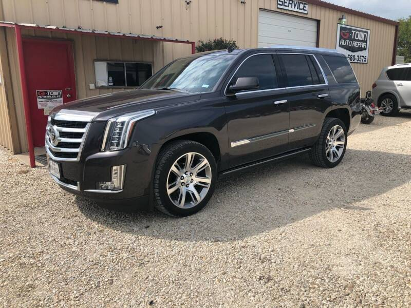 2015 Cadillac Escalade for sale at Gtownautos.com in Gainesville TX
