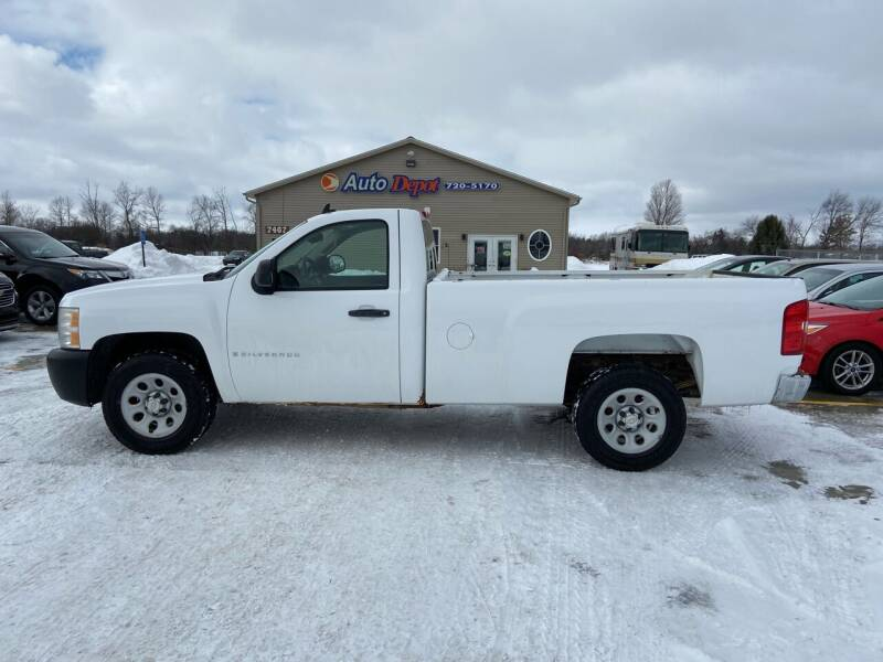2008 Chevrolet Silverado 1500 for sale at The Auto Depot in Mount Morris MI