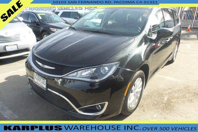 2018 Chrysler Pacifica for sale at Karplus Warehouse in Pacoima CA