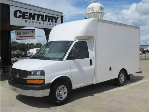 2019 Chevrolet Express Cutaway for sale at CENTURY TRUCKS & VANS in Grand Prairie TX