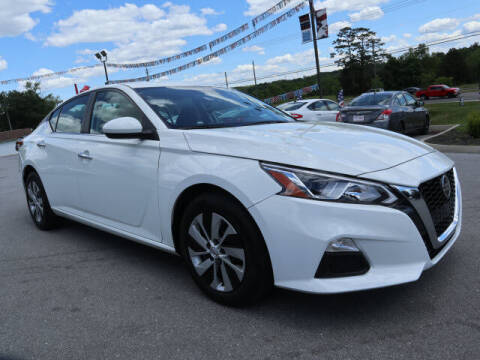2020 Nissan Altima for sale at Viles Automotive in Knoxville TN