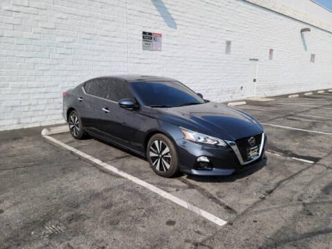 2020 Nissan Altima for sale at ADVANTAGE AUTO SALES INC in Bell CA