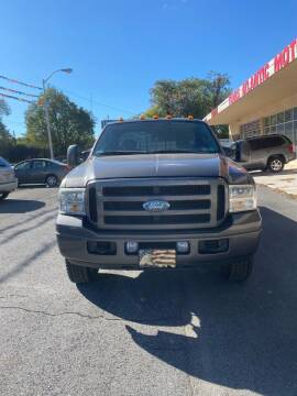 2006 Ford F-250 Super Duty for sale at Trans Atlantic Motorcars in Philadelphia PA