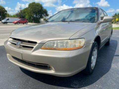 2000 Honda Accord for sale at Classic Car Deals in Cadillac MI
