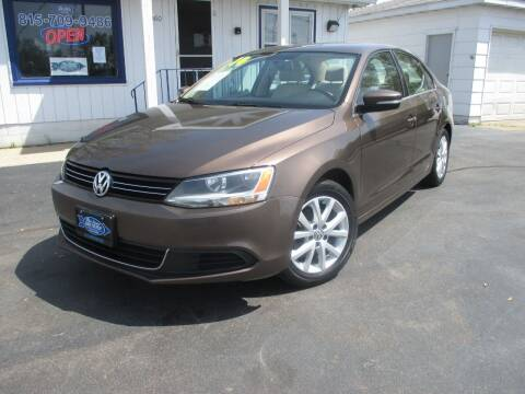 2014 Volkswagen Jetta for sale at Blue Arrow Motors in Coal City IL