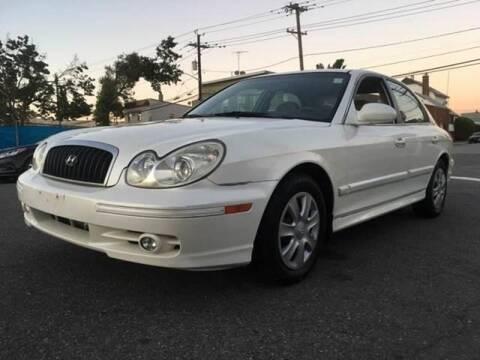 2005 Hyundai Sonata for sale at SUNSHINE AUTO SALES LLC in Paterson NJ