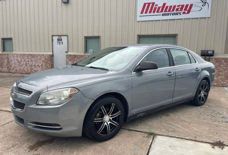 2009 Chevrolet Malibu for sale at Midway Motors in Conway AR