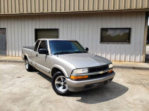 2001 Chevrolet S-10 for sale at M & A Motors LLC in Marietta GA