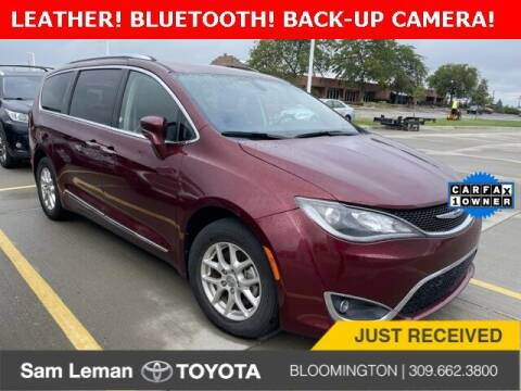 2020 Chrysler Pacifica for sale at Sam Leman Toyota Bloomington in Bloomington IL