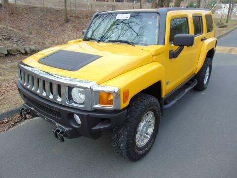 2006 HUMMER H3 for sale at Lakewood Auto in Waterbury CT