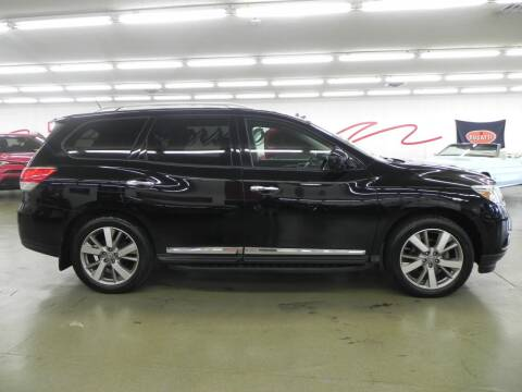 2013 Nissan Pathfinder for sale at 121 Motorsports in Mount Zion IL