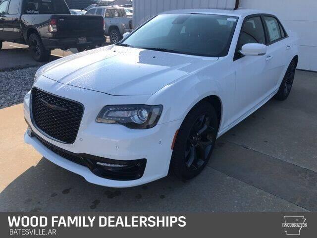 2020 Chrysler 300 for sale in Batesville, AR