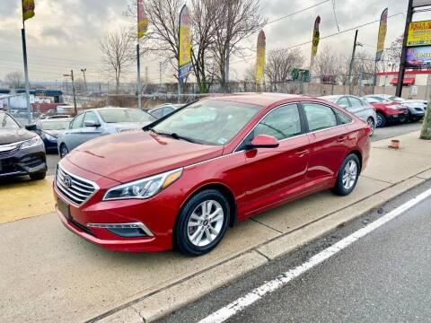 2015 Hyundai Sonata for sale at JR Used Auto Sales in North Bergen NJ