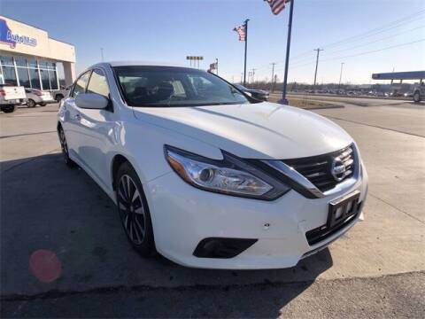 2018 Nissan Altima for sale at Show Me Auto Mall in Harrisonville MO